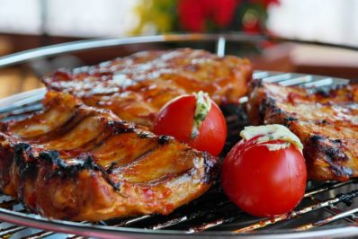 Grilled candied spare ribs